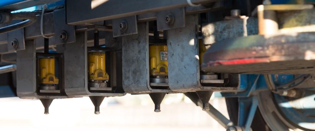 Titelbild Falling-Weight-Deflectometer (FWD) Geofone